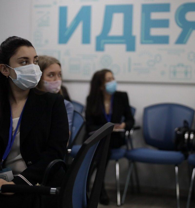 Финальный этап «Забпризыва» – 10 кандидатов в Минстрой Забайкалья защитили проекты и решили кейсы
